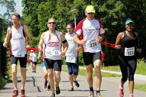 foto van running blind hardlopers
