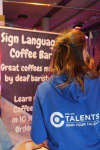 Foto van de achterkant van iemand met daarop de tekst 'We Are Ctalents'